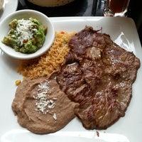 รูปภาพถ่ายที่ Salsa & Agave Mexican Grill โดย 제미 J. เมื่อ 8/29/2013