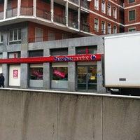 Das Foto wurde bei Carrefour Market von Cris A. am 10/30/2012 aufgenommen