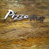 10/2/2011 tarihinde Carlos R.ziyaretçi tarafından Food Court Parque Lambramani'de çekilen fotoğraf