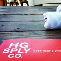 รูปภาพถ่ายที่ HG Sply Co. โดย Blake B. เมื่อ 7/4/2013