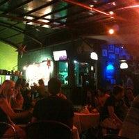 Foto diambil di Decky Bar oleh Cássia S. pada 10/19/2012