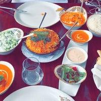 Foto tirada no(a) Asha's Contemporary Indian Cuisine por E.Alansari em 10/9/2019