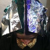 Das Foto wurde bei Melrose & McQueen Salon von Stephanie T. am 12/31/2012 aufgenommen
