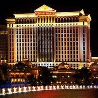 6/23/2013에 Chirag S.님이 Caesars Palace Hotel & Casino에서 찍은 사진