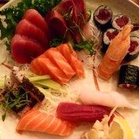 12/28/2014 tarihinde Mario S.ziyaretçi tarafından Planet Sushi'de çekilen fotoğraf