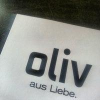 Das Foto wurde bei Café Oliv von Mario S. am 4/24/2013 aufgenommen