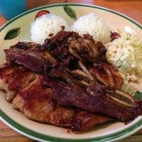 รูปภาพถ่ายที่ Waikikie Hawaiian BBQ โดย TJ เมื่อ 3/17/2013