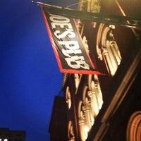 Foto tomada en Joe's Pub at The Public por Kavin B. el 5/30/2013