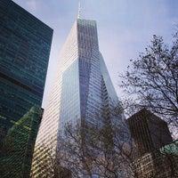 Foto tirada no(a) Bank of America Tower por Jonathan A. em 1/2/2013