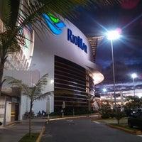 Foto tomada en Shopping RioMar por Adriano L. el 5/20/2013