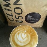 Das Foto wurde bei Lever & Bloom Coffee von Lever & Bloom Coffee am 2/26/2016 aufgenommen