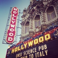 Снимок сделан в Hollywood Theatre пользователем Monica 10/7/2014