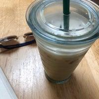 6/21/2018 tarihinde Kimmie N.ziyaretçi tarafından Compass Coffee'de çekilen fotoğraf