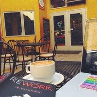3/14/2014にGia R.がMmm...Coffee Paleo Bistroで撮った写真