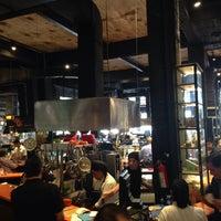 Foto diambil di Mercado Roma oleh Karla M. pada 7/3/2014