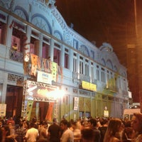 Das Foto wurde bei Fundição Progresso von Crixt O. am 3/23/2013 aufgenommen