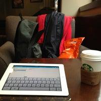 Photo prise au Starbucks par Sertac G. le1/26/2013