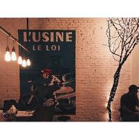 Das Foto wurde bei L'USINE von Yvonne A. am 10/9/2015 aufgenommen