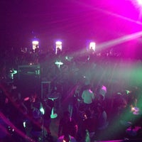 Foto tomada en XLarge Club İstanbul por Cihat U. el 5/11/2013