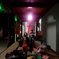 Foto scattata a Angkringan Kandangsapi Kang Hartono da Made S. il 8/1/2013
