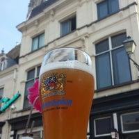 Foto diambil di Café Bruxelles oleh Dick pada 7/6/2013