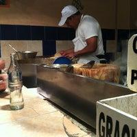 Foto tirada no(a) Tacos Charly por Arturo J. em 11/29/2012