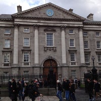 Trinity College Front Gates - Trinity College Dublin - 20 tips from