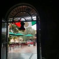 รูปภาพถ่ายที่ Restaurante Lolita โดย Alx B. เมื่อ 9/4/2013