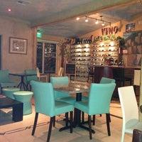 Foto scattata a Bacchus Coffee & Wine Bar da Jo T. il 3/24/2013