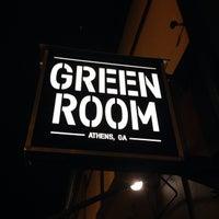 รูปภาพถ่ายที่ Green Room Athens โดย Wesley C. เมื่อ 2/7/2014