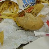 Foto tomada en Burger King Sajonia por Dahiana C. el 9/6/2017