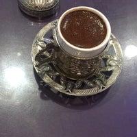 Foto diambil di Istanbul Blue Restaurant oleh Jale K. pada 6/20/2020