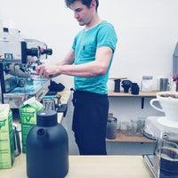 Foto diambil di kaffemik oleh Matt O. pada 12/22/2015