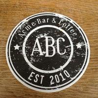Das Foto wurde bei Acme Bar & Coffee von Joo H. am 5/25/2013 aufgenommen