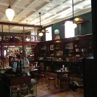 Das Foto wurde bei The Corner Shop von Kelsey W. am 6/29/2013 aufgenommen