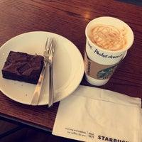 Photo prise au Starbucks par Abdulrahman .. le8/4/2017