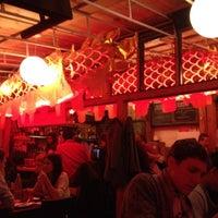 Foto diambil di Mission Chinese Food oleh vicki k. pada 1/11/2013