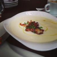 Das Foto wurde bei Argent Restaurant & Raw Bar von Jai M. am 2/12/2013 aufgenommen