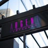 Das Foto wurde bei Argent Restaurant & Raw Bar von Jai M. am 2/23/2013 aufgenommen