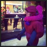 Das Foto wurde bei Dolce&Gabbana von Jon F. am 1/2/2014 aufgenommen