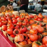 Снимок сделан в Urban Harvest Farmers Market пользователем Anastasia K. 11/7/2015