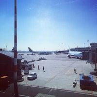 Снимок сделан в Aeroporto di Milano Malpensa (MXP) пользователем kyosuke k. 4/20/2015