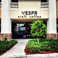 6/28/2013 tarihinde Olivier L.ziyaretçi tarafından Vespr Craft Coffee & Allures'de çekilen fotoğraf