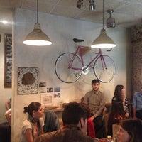 Foto tomada en La Bicicleta Café por Juanma el 5/10/2013