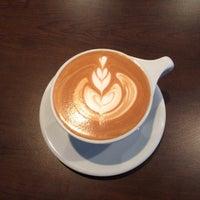 10/19/2015 tarihinde Jeffrey B.ziyaretçi tarafından Vespr Craft Coffee & Allures'de çekilen fotoğraf