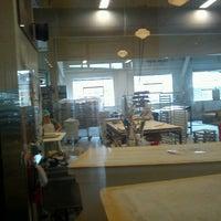 9/30/2013 tarihinde Shereen R.ziyaretçi tarafından Grand Central Baking Company'de çekilen fotoğraf