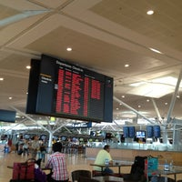Снимок сделан в Brisbane Airport International Terminal пользователем DW 1/19/2013