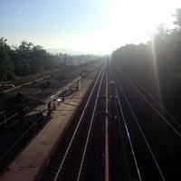 รูปภาพถ่ายที่ Gare SNCF des Clairières de Verneuil โดย Florian J. เมื่อ 10/30/2013