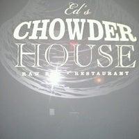 รูปภาพถ่ายที่ Ed's Chowder House โดย Ivonne V. เมื่อ 3/29/2013