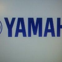 Photo prise au Yamaha Music Gulf FZE par VaishAli B. le4/28/2013